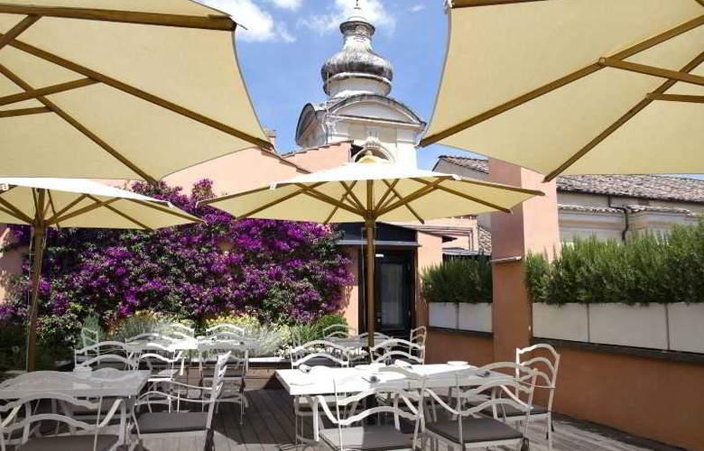 Dom Hotel Roma - Terrace - 10