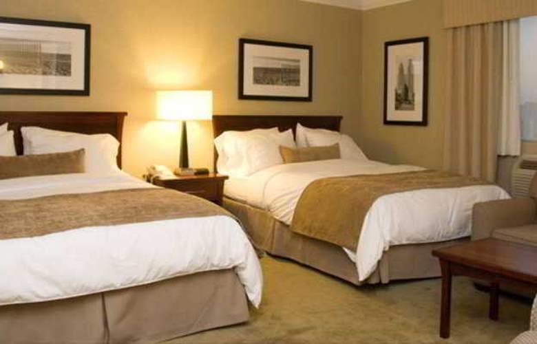Ramada Plaza Toronto - Room - 4