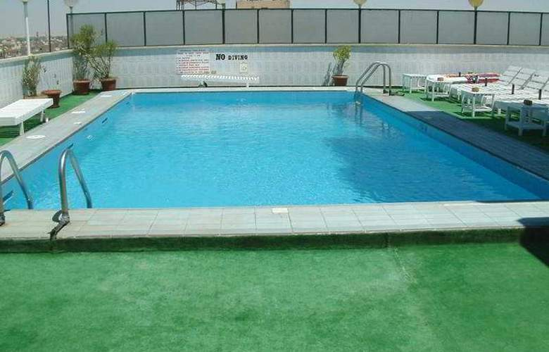 St Joseph - Pool - 2