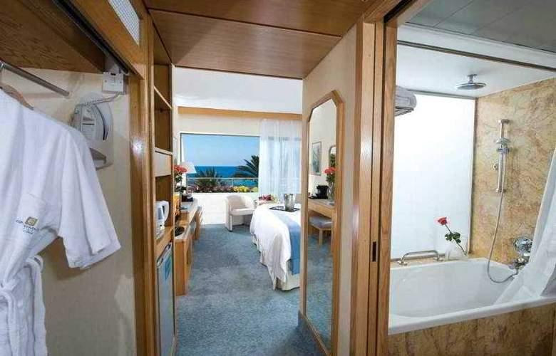Constantinou Bros Pioneer Beach Hotel - Room - 4