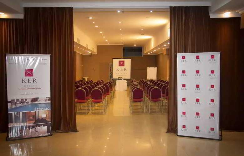 Ker Recoleta Hotel & Spa - Conference - 9