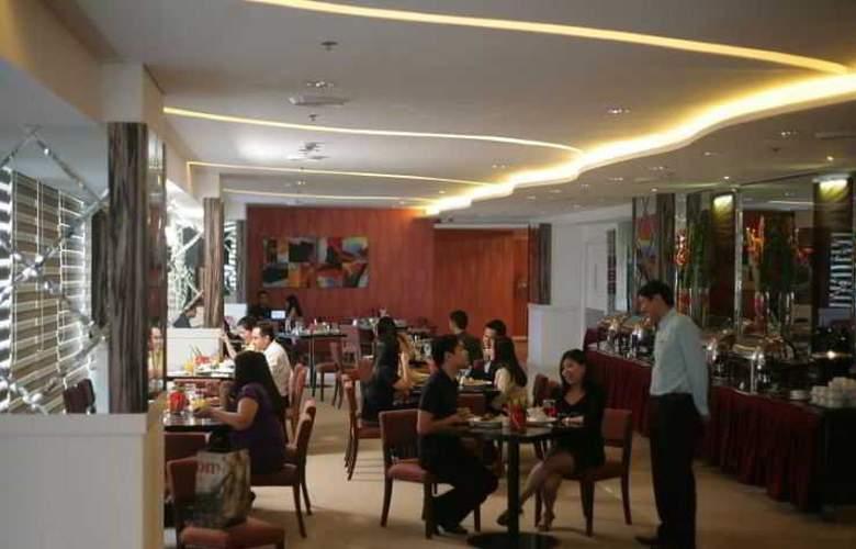 St.Giles - Restaurant - 2