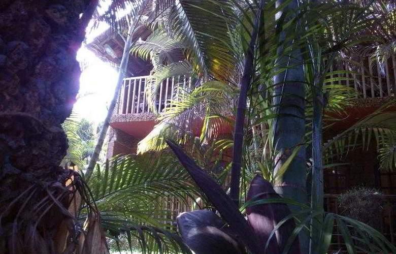 Ruffles Resort - Hotel - 4