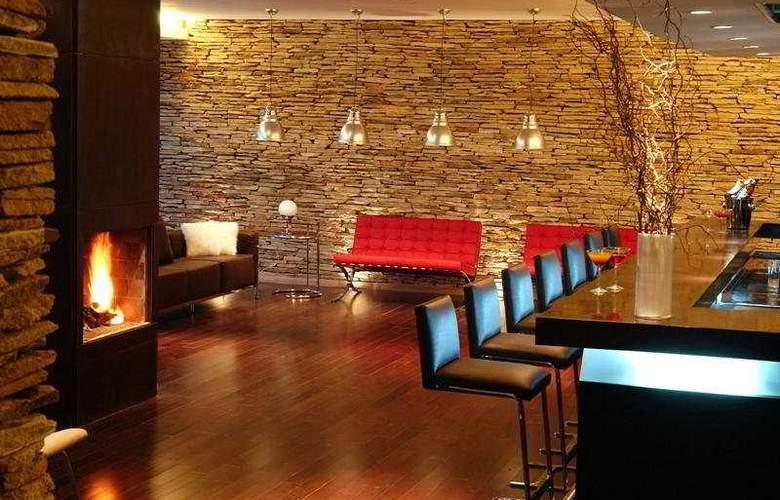 Dazzler Bariloche Hotel - General - 0