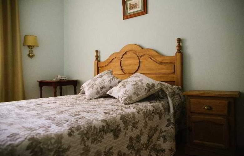 Sierra Aracena - Room - 36