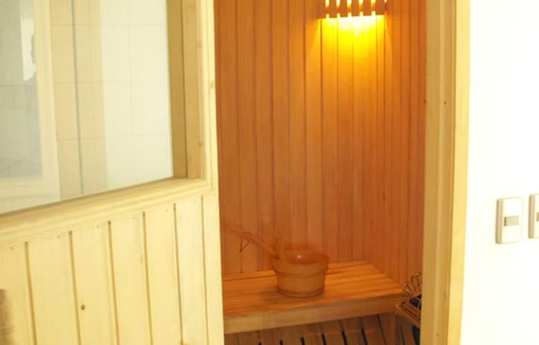 Apart Hotel Inter Suites Las Condes - Services - 3
