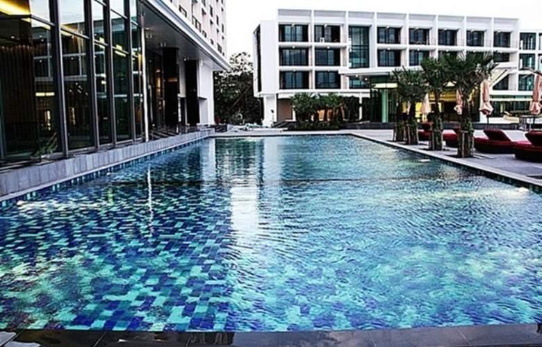 Way Hotel Pattaya - Pool - 9