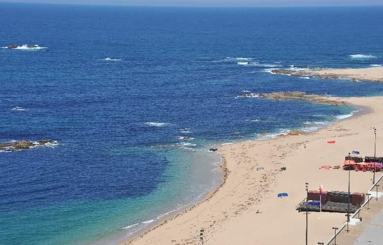 Axis Vermar - Beach - 3