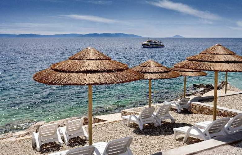 Valamar Sanfior Hotel - Beach - 14