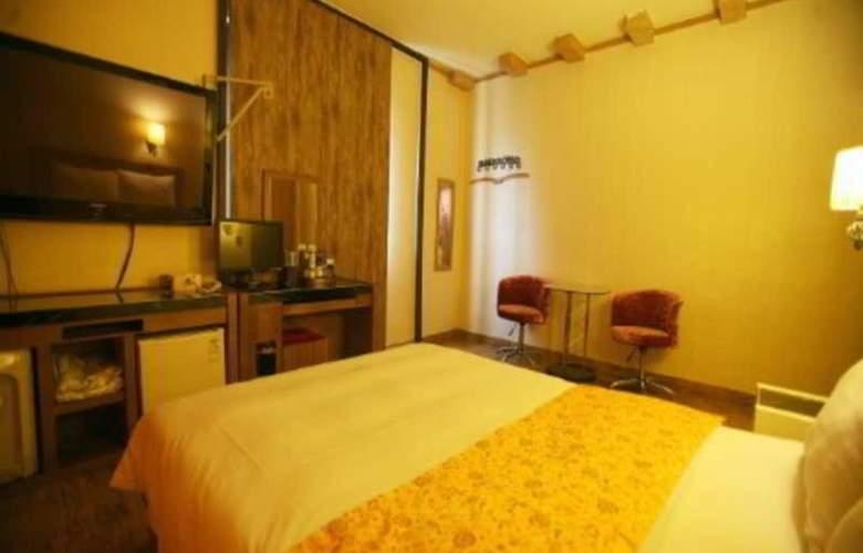 Boom Tourist Hotel - Room - 10
