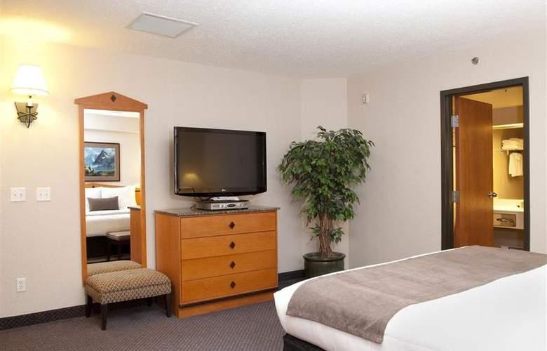 Best Western Plus Pocaterra Inn - Room - 2