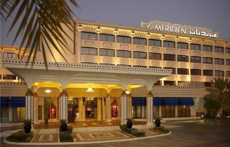 Le Meridien Abu Dhabi - Hotel - 8