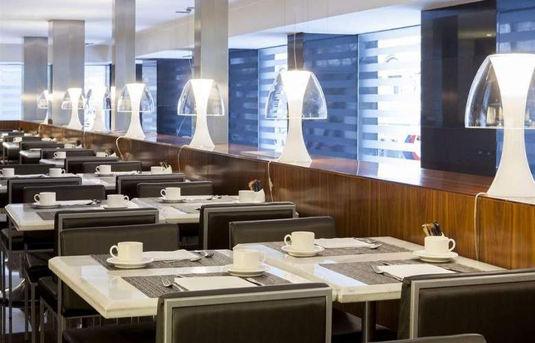 AC Irla - Restaurant - 13