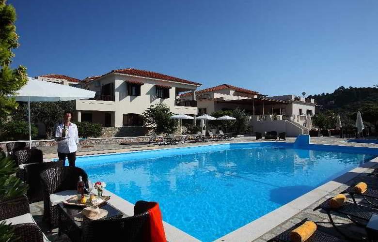 Skopelos Holiday Resort & Spa - Pool - 2