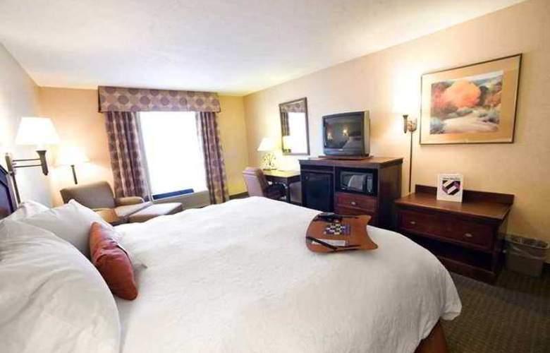 Hampton Inn Santa Fe - Hotel - 1