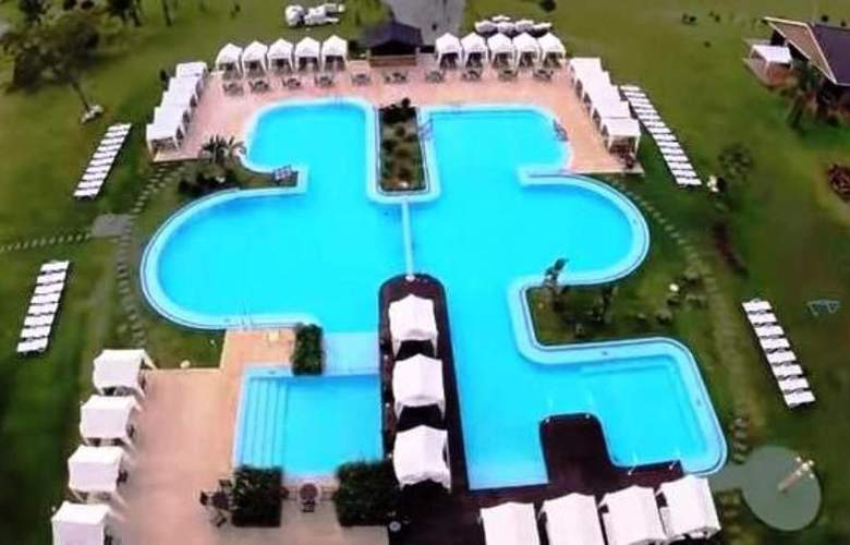 Arapey Thermal Resort and Spa Hotel - Pool - 2
