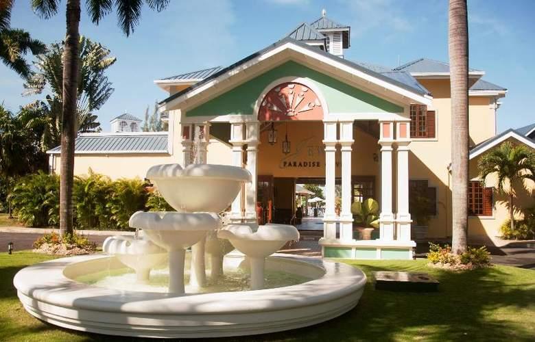 Riviera Marina - Hotel - 12