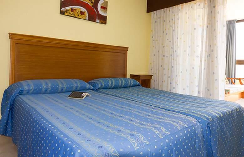 Varios Apartamentos Beninter - Room - 3