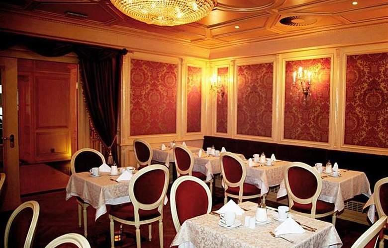 Best Western Premier Royal Palace - Restaurant - 46