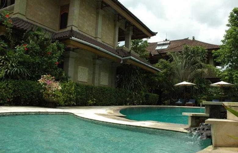 XL Vision Villas - Pool - 11