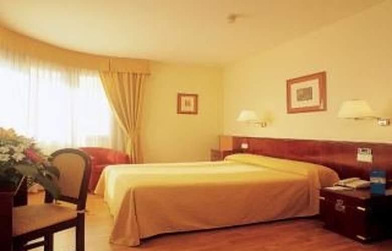 Hesperia Zaragoza Centro - Room - 2
