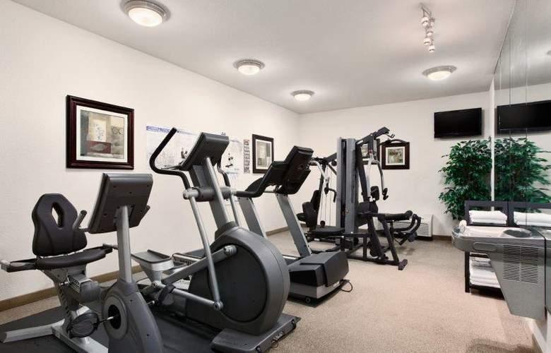 Best Western Plus Piedmont Inn & Suites - Sport - 67