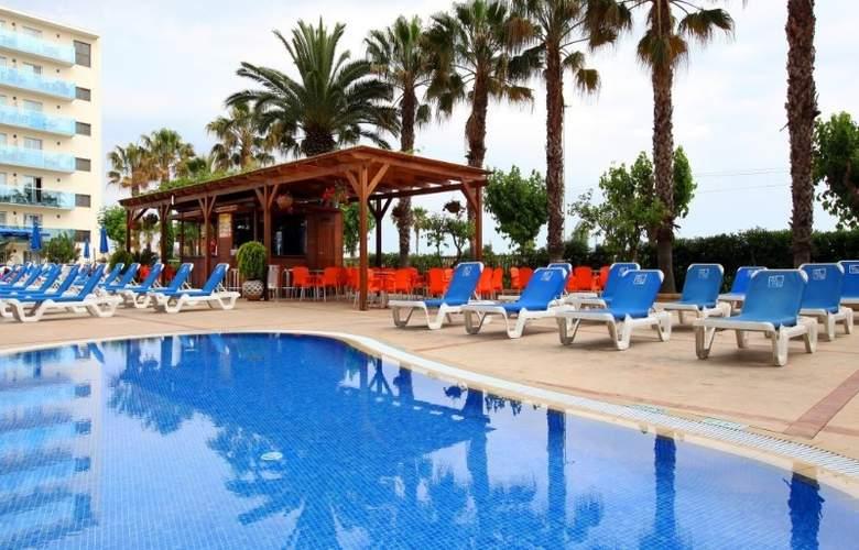 Golden Taurus Park Resort - Pool - 3
