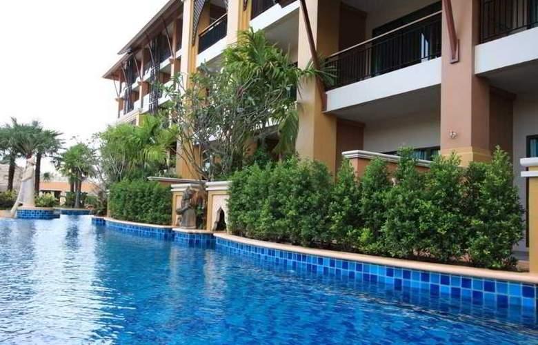 Rawai Palm Beach Resort - Pool - 9