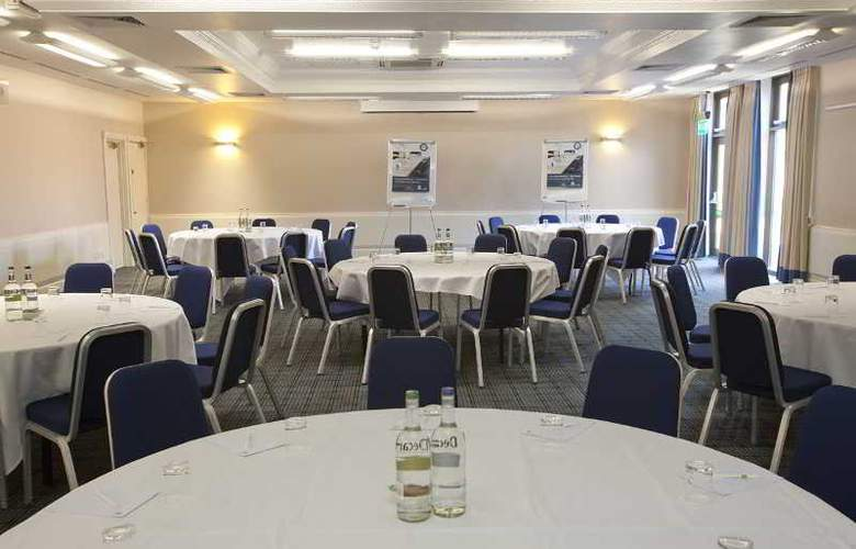 Holiday Inn Haydock M6 J23 - Conference - 7