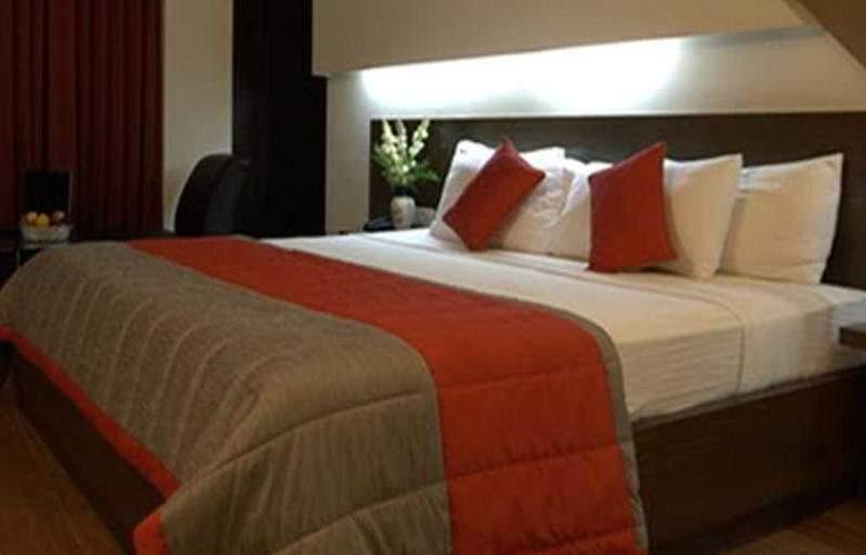 9 Marks Inn - Room - 3
