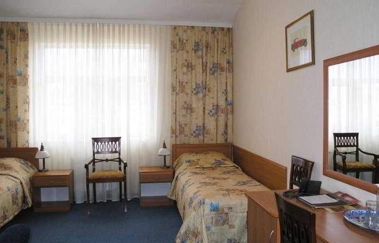 Bristol - Room - 3