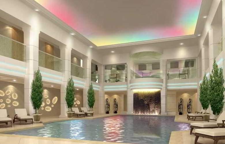 St. Regis Moscow Nikolskaya - Pool - 3