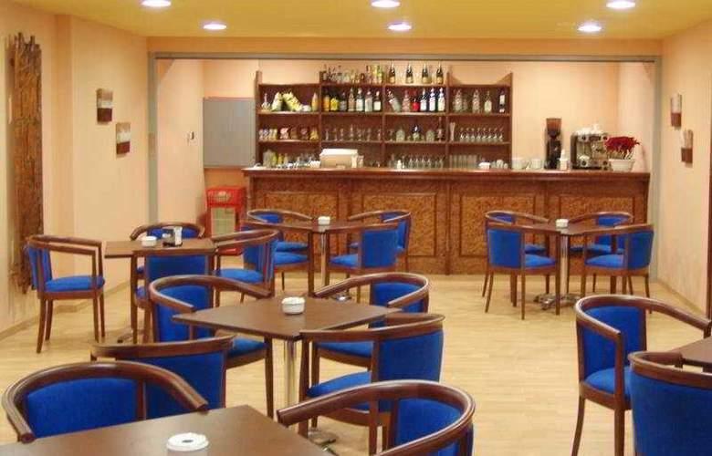 P&V Andorra Pas de la Casa Alaska - Bar - 3