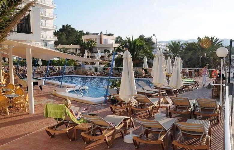 Osiris Ibiza - Terrace - 4