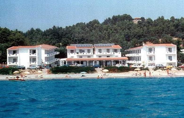 Dolphin Beach - Hotel - 0