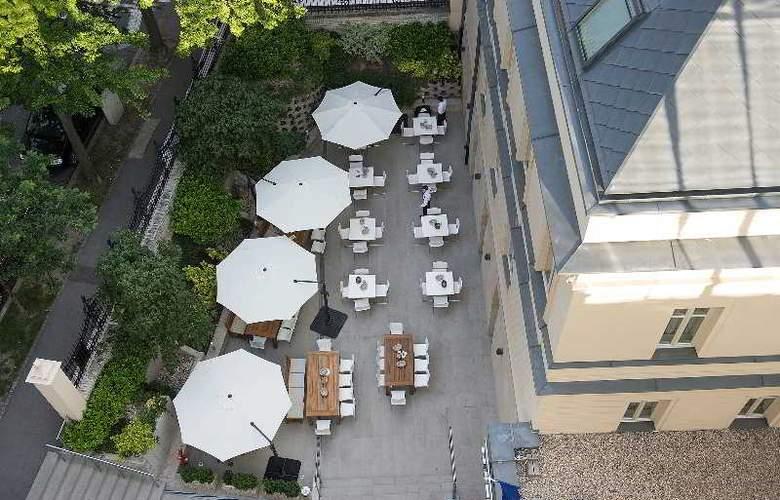 LOFT Bratislava - Terrace - 6