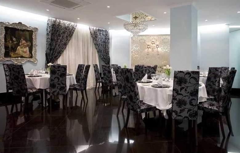 Artheus Carmelitas Salamanca Sercotel - Restaurant - 20