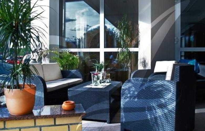 Agas Hotel - Terrace - 2