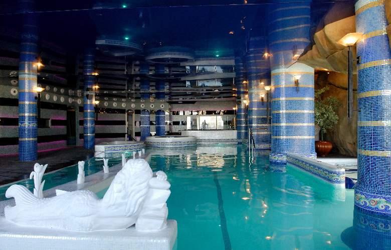 Hotel & Spa Sierra de Cazorla - Pool - 7