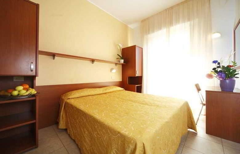Sport Hotel - Room - 8