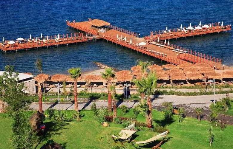 Kefaluka Resort - Beach - 10