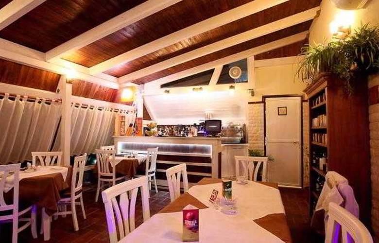 Kastria - Restaurant - 11