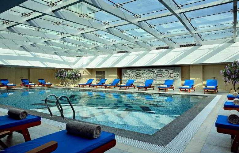Four Points by Sheraton Daning - Pool - 14