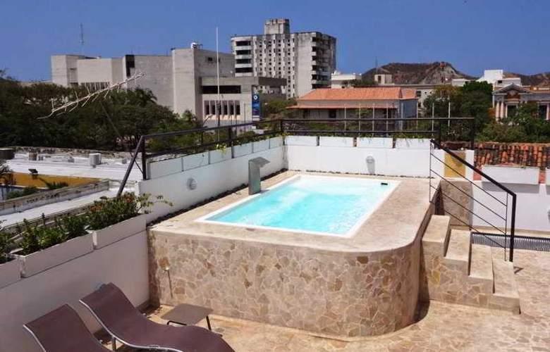 La Calzada del Santo - Pool - 2