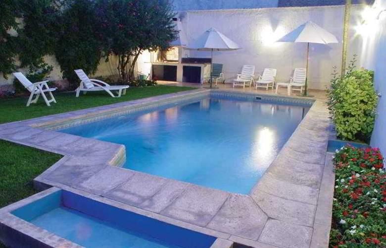Crillon Mendoza - Pool - 2