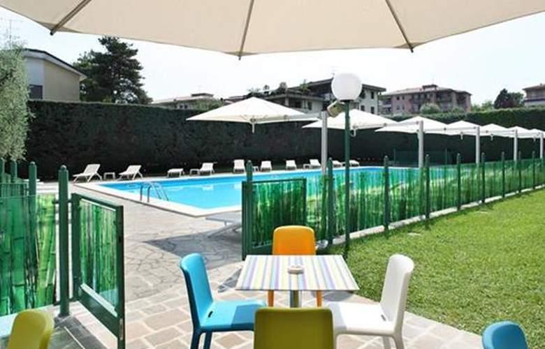 Best Western Oliveto - Hotel - 4