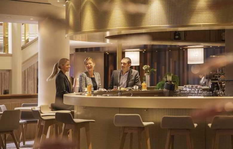 Movenpick Hotel & Casino Geneva - Bar - 17