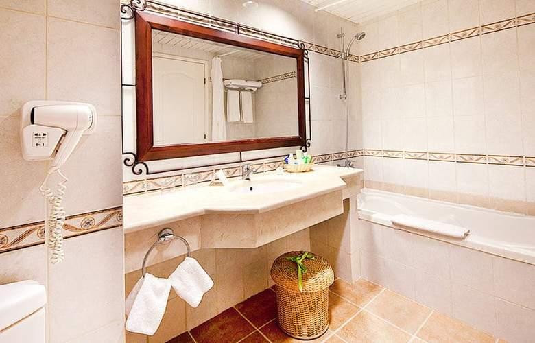 Memories Caribe Beach Resort  - Room - 8