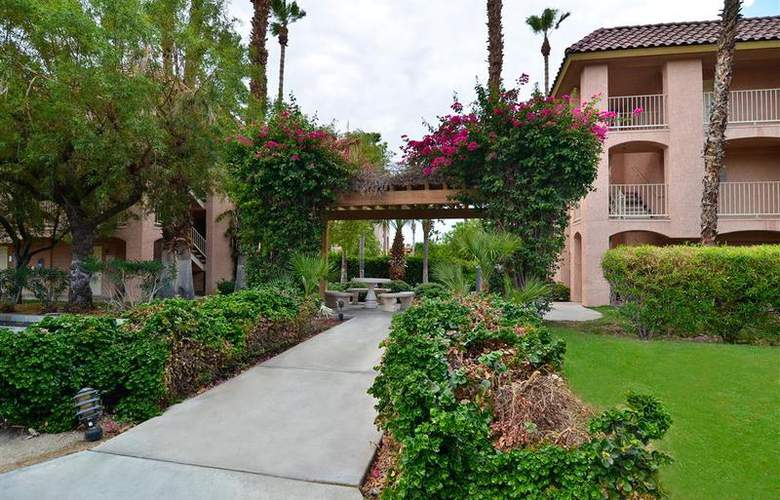 Best Western Plus Palm Desert Resort - Hotel - 24