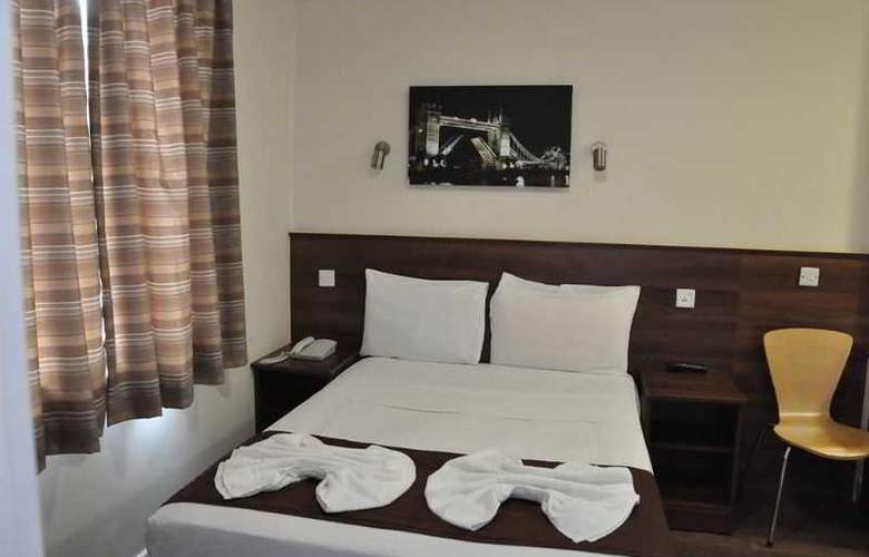 Ascot Hyde Park Hotel - Room - 11